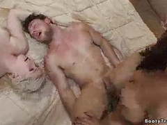 Threesomw - trany fuck guy - guy fuck girl videos