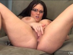 Chubby mackenzie pierce masturbates her cunt videos