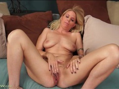 Beautiful blonde milf masturbates pussy movies at lingerie-mania.com