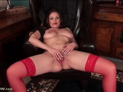 Lipstick and sexy red stockings on hot milf videos
