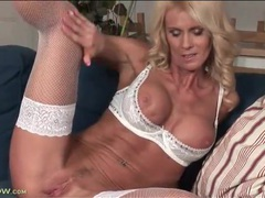 Milf in white lingerie models sporty body videos