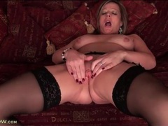 Garter belt and stockings on masturbating milf movies at kilopics.net