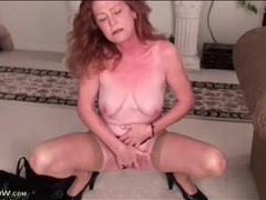 Redheaded mature masturbates her sexy cunt movies at sgirls.net