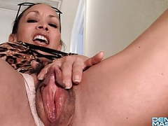 Combo: muscle girl, hairy pussy, fleshy lips, clitorispenis movies at freekiloporn.com