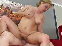 Mature mother squirts like a bitch,  movies at nastyadult.info