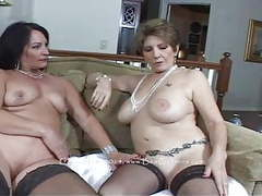 Bea, Lesbian, Mature, Granny, Girl Masturbating movies at find-best-pussy.com