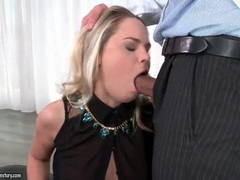 Beauty blows her psychologist like a slut videos