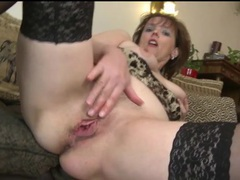 Finger fucking milf wears sexy black stockings videos