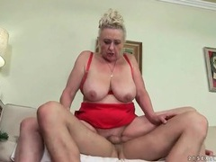 Granny cunt fucked to a thick creampie videos