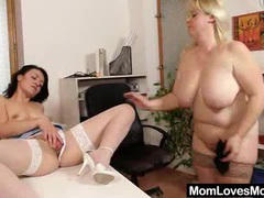 Amateur-mom loves housewife plus shag toys movies at sgirls.net