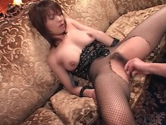 Hairy japanese vagina fingered before she blows videos