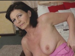 Beautiful granny finger fucks in sexy stockings movies at kilotop.com