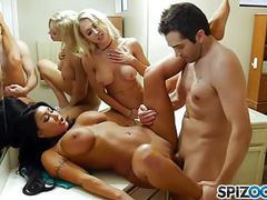 Spizoo - watch those 3 friends get down and fuck each other, Big Boobs, Threesomes, HD Videos, Big Butts, Deep Throat, Tattoo, Big Tits, Big Ass, Friends, Fucking, Threesome, Mobiles, Friends Fucking, Friends Watch, Spizoo videos