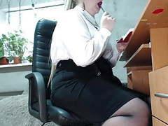 Secretary's secret (butt plug and masturbation at work), Amateur, Anal, BBW, Close-up, Stockings, MILF, Russian, HD Videos, Secretary, Butt Plug, BBW Anal, Girl Masturbating, Big Ass MILF, Hot MILF, Russian MILF, Butt, BBW Dildo, MILF Secretary, Ass  videos