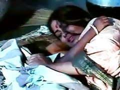 Desi south indian in a saree movies at kilomatures.com