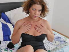 Room-mate nicol loves taking off her clothes and masturbating, Solo Models, Masturbation, Lingerie, Miniskirt, Big Tits, Natural Tits, Pussy videos