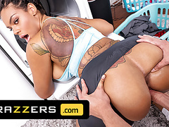 Halle hayes is impressed with the size of her roommate's van, Blowjob, Brunette, Big Boobs, Interracial, HD Videos, Tattoo, Roommate, Big Tits, Big Ass, Friends, Big Cock, Anal Fuck, Impressed, Impress, Asshole Closeup, Vagina Fuck, Brazzers, Size,  videos