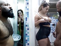Minha empregada me flagrou batendo punheta no banho, Anal, Blowjob, Pornstar, Shower, Big Boobs, MILF, Brazilian, HD Videos, Maid, Big Tits, Big Ass, BBW Anal, Anal Fuck, Hot MILF, Teste de Fudelidade, Para, Handsjob videos