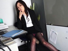 Cute japanese coworker nozomi yui drops on her knees to give head movies