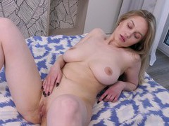Home alone hottie marie duval plays with her large tits and wet pussy, Solo Models, Masturbation, Curvy, Blondes, Panties, Big Tits, Natural Tits, Socks, Toys, Pussy, Shaved Pussy, Long Hair videos