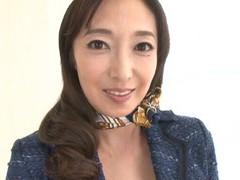 Mature pornstar otowa ayako loves flashing her pussy and tits videos