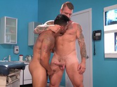 Hothouse hunky doctor with big cock tubes