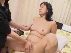 Closeup video of japanese mature mako anzai getting fucked good videos