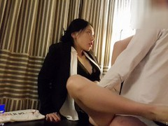 June liu 刘玥/spicygum - chinese manager scolds her employee for being late tubes