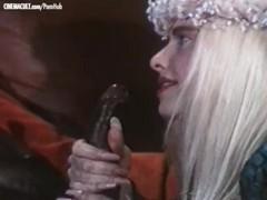 Moana pozzi and ilona staller - hardcore scene from mundial sex tubes