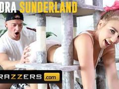 Brazzers - big tit kendra sunderland gets stuck and needs some help from zac wild, Big Tits, Blowjob, Cumshot, Hardcore, Pornstar, Popular With Women movies at freekiloporn.com