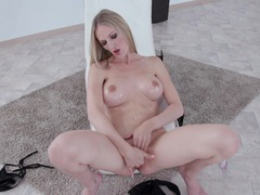 Nice tits and ass cam angel opens her legs to play with her pink taco, Solo Models, Masturbation, Cougars, Blondes, Long Hair, Pussy, Shaved Pussy, Big Tits, Fake Tits, Fingering, Bikini videos
