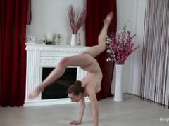 Skinny brunette anna mostik super hot gymnast, Babe, Brunette, Teen (18+), Small Tits, Feet, Russian tubes