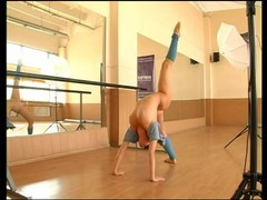 Sexy girl gymnast in mask, Amateur, Brunette, Teen (18+), Russian tubes