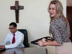 Culioneros - new secretary karen getting the job done, Blonde, Blowjob, Hardcore, Latina movies at find-best-babes.com