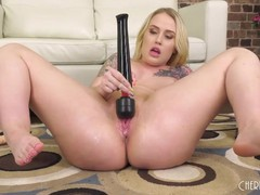 Curvy blonde babe fucks a sybian after toying with her pink twat, Big Ass, Big Tits, Blonde, Masturbation, Toys videos