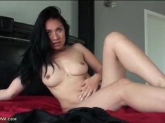 Latina lustily plays with her bald vagina movies at adipics.com