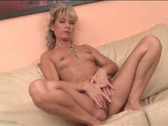 Naked mature janet darling has tiny tits movies at sgirls.net