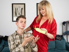 Shame4k pour that oil on me!, Blonde, Blowjob, Mature, Russian, Old/Young movies at freekilomovies.com