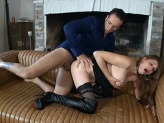 Milf� gros seins avec piercing se fait monter, Big Dick, Big Tits, Blowjob, MILF, Pornstar, Rough Sex, French movies at find-best-pussy.com
