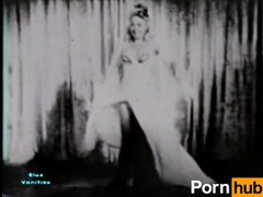 Softcore nudes 114 40s and 50s - scene 1, Amateur, Brunette, MILF, Vintage tubes