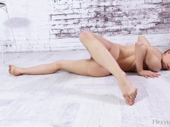Hot russian flexible babe nara mongolka, Babe, Big Tits, Brunette, Teen (18+), Feet, Russian movies at kilomatures.com