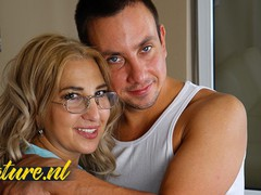 Curvy milf in nerdy glasses lets neighbor fuck her hairy pussy, Amateur, Big Ass, Blonde, Hardcore, Mature, MILF, Pussy Licking, Old/Young movies at freekilomovies.com