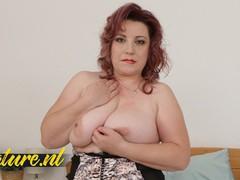Horny mature suzie is curvy, hairy & all alone!, Big Ass, BBW, Big Tits, Masturbation, Toys, Mature, MILF movies at freekilomovies.com