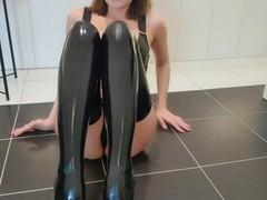 Latex stockings metal heels, Amateur, Fetish, MILF, Role Play, Feet, Verified Models movies at kilomatures.com