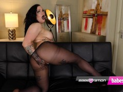 Tatted up alt girl kitty ink has some fun in black nylons, Big Ass, Brunette, Fetish, British tubes