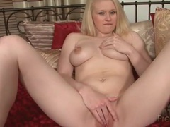 Curvy blonde gently fingers her tight wet pussy videos