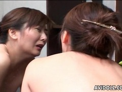 Japanese milf cunt eaten out and fingered videos