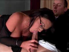 Sexy glasses on curvy girl sucking hard dick movies at kilovideos.com