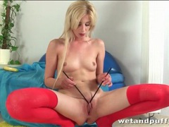 Fingers and chopsticks play with her pussy movies at sgirls.net