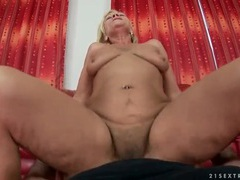 Hairy mature cunt rides dick in pov porn videos
